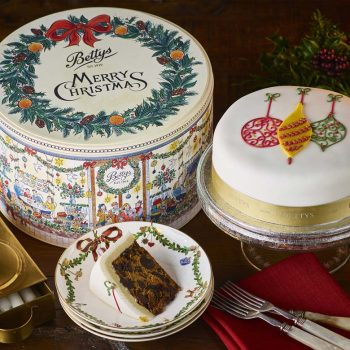 Soft Iced Baubles Christmas Cake And Tin